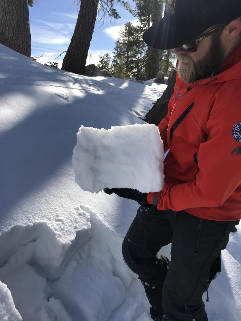 "25cm thick <a href=""https://www.sierraavalanchecenter.org/avalanche-terms/slab"" title=""A relatively cohesive snowpack layer."" class=""lexicon-term"">slab</a> sitting on top of <a href=""https://www.sierraavalanchecenter.org/avalanche-terms/faceted-snow"" title=""Angular snow with poor bonding created from large temperature gradients within the snowpack."" class=""lexicon-term"">Facets</a>."