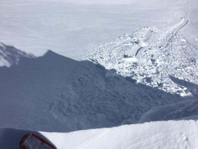 "Many large <a href=""https://www.sierraavalanchecenter.org/avalanche-terms/cornice"" title=""A mass of snow deposited by the wind, often overhanging, and usually near a sharp terrain break such as a ridge. Cornices can break off unexpectedly and should be approached with caution."" class=""lexicon-term"">cornice</a> drops on slopes caused shooting cracks but no <a href=""https://www.sierraavalanchecenter.org/avalanche-terms/slab"" title=""A relatively cohesive snowpack layer."" class=""lexicon-term"">slab</a> release.  East Ridge of Tamarack."