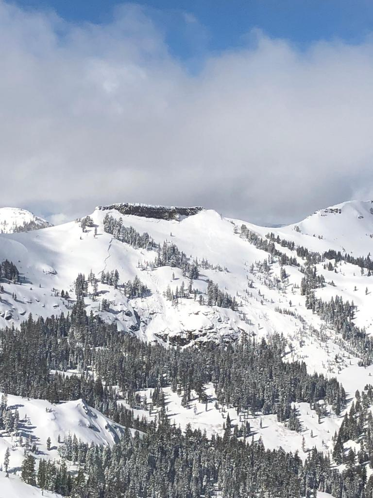 "<a href=""https://www.sierraavalanchecenter.org/avalanche-terms/deep-slab-avalanche"" title=""Avalanches that break deeply into old weak layers of snow that formed some time ago."" class=""lexicon-term"">Deep Slab avalanche</a> viewed from Helicopter"