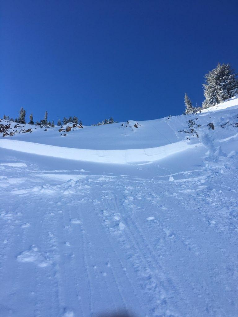 "24-30"" <a href=""https://www.sierraavalanchecenter.org/avalanche-terms/avalanche"" title=""A mass of snow sliding, tumbling, or flowing down an inclined surface."" class=""lexicon-term"">avalanche</a> <a href=""https://www.sierraavalanchecenter.org/avalanche-terms/crown-face"" title=""The top fracture surface of a slab avalanche. Usually smooth, clean cut, and angled 90 degrees to the bed surface."" class=""lexicon-term"">crown</a>"
