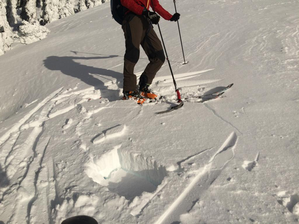 """The <a href=""""/avalanche-terms/slab"""" title=""""A relatively cohesive snowpack layer."""" class=""""lexicon-term"""">slab</a> above the <a href=""""/avalanche-terms/snowpit"""" title=""""A pit dug vertically into the snowpack where snow layering is observed and stability tests may be performed. Also called a snow profile."""" class=""""lexicon-term"""">pit</a> cracked quite easily."""