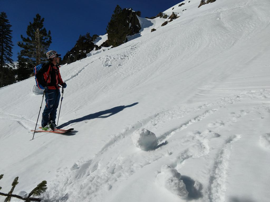 """Small skier-<a href=""""https://www.sierraavalanchecenter.org/avalanche-terms/trigger"""" title=""""A disturbance that initiates fracture within the weak layer causing an avalanche. In 90 percent of avalanche accidents, the victim or someone in the victims party triggers the avalanche."""" class=""""lexicon-term"""">triggered</a> rollerballs and pinwheels on a S facing slope @ 11:45 am."""