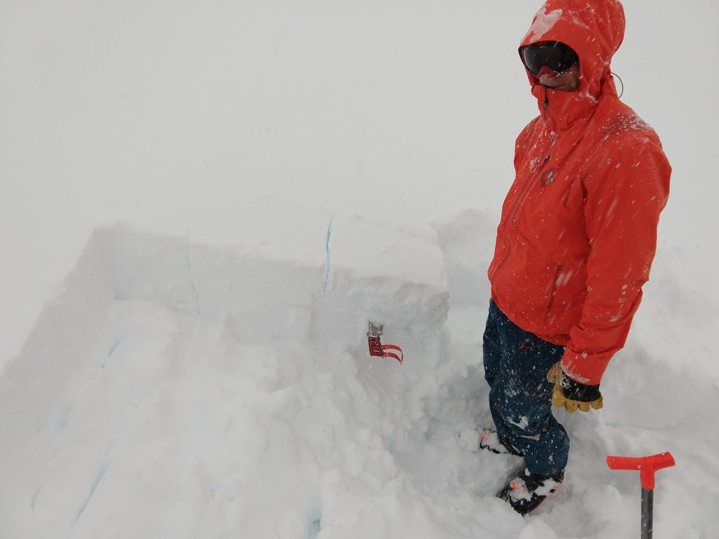 """PST <a href=""""/avalanche-terms/slab"""" title=""""A relatively cohesive snowpack layer."""" class=""""lexicon-term"""">slab</a> <a href=""""/avalanche-terms/fracture"""" title=""""The physical separation of the slab from the bed surface and surrounding snow during the initiation of a slab avalanche."""" class=""""lexicon-term"""">fracture</a> result on buried <a href=""""/avalanche-terms/graupel"""" title=""""Heavily rimed new snow, often shaped like little Styrofoam balls."""" class=""""lexicon-term"""">graupel</a> <a href=""""/avalanche-terms/snow-layer"""" title=""""A snowpack stratum differentiated from others by weather, metamorphism, or other processes."""" class=""""lexicon-term"""">layer</a>."""