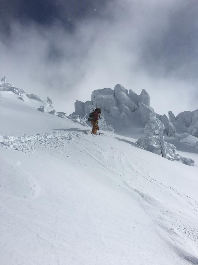 "pockets of <a href=""https://www.sierraavalanchecenter.org/avalanche-terms/wind-loading"" title=""The added weight of wind drifted snow."" class=""lexicon-term"">wind loading</a>, <a href=""https://www.sierraavalanchecenter.org/avalanche-terms/sastrugi"" title=""Wind eroded snow, which often looks rough like frozen waves. Usually found on windward slopes."" class=""lexicon-term"">sastrugi</a>, <a href=""https://www.sierraavalanchecenter.org/avalanche-terms/wind-slab"" title=""A cohesive layer of snow formed when wind deposits snow onto leeward terrain. Wind slabs are often smooth and rounded and sometimes sound hollow."" class=""lexicon-term"">wind slabs</a>"