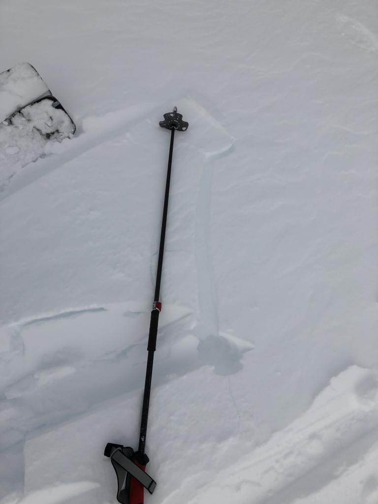 "The extent to windslab cracking seen. This <a href=""https://www.sierraavalanchecenter.org/avalanche-terms/slab"" title=""A relatively cohesive snowpack layer."" class=""lexicon-term"">slab</a> was first undercut."
