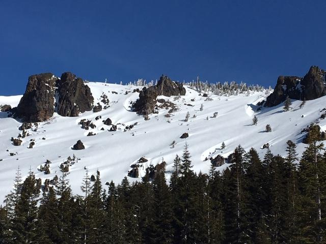 Good snow coverage on south slopes on Castle Peak