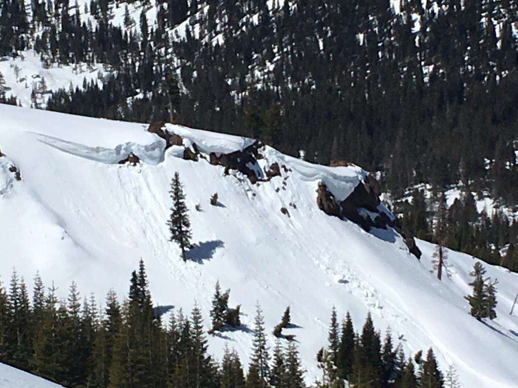 "E facing <a href=""https://www.sierraavalanchecenter.org/avalanche-terms/cornice"" title=""A mass of snow deposited by the wind, often overhanging, and usually near a sharp terrain break such as a ridge. Cornices can break off unexpectedly and should be approached with caution."" class=""lexicon-term"">cornice</a> break"