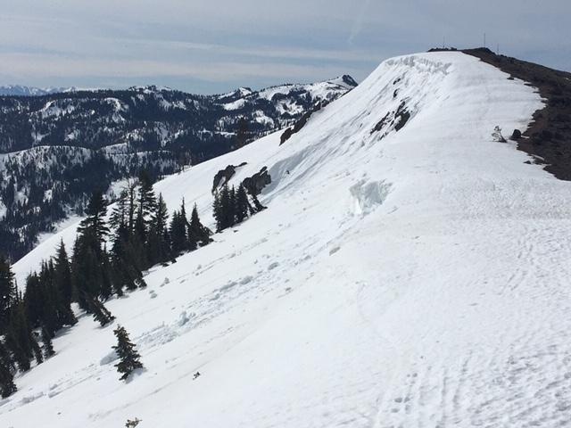 """Recent <a href=""""/avalanche-terms/cornice"""" title=""""A mass of snow deposited by the wind, often overhanging, and usually near a sharp terrain break such as a ridge. Cornices can break off unexpectedly and should be approached with caution."""" class=""""lexicon-term"""">cornice</a> fall."""